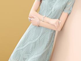 短袖直筒蕾丝连衣裙,演绎别样女神范儿
